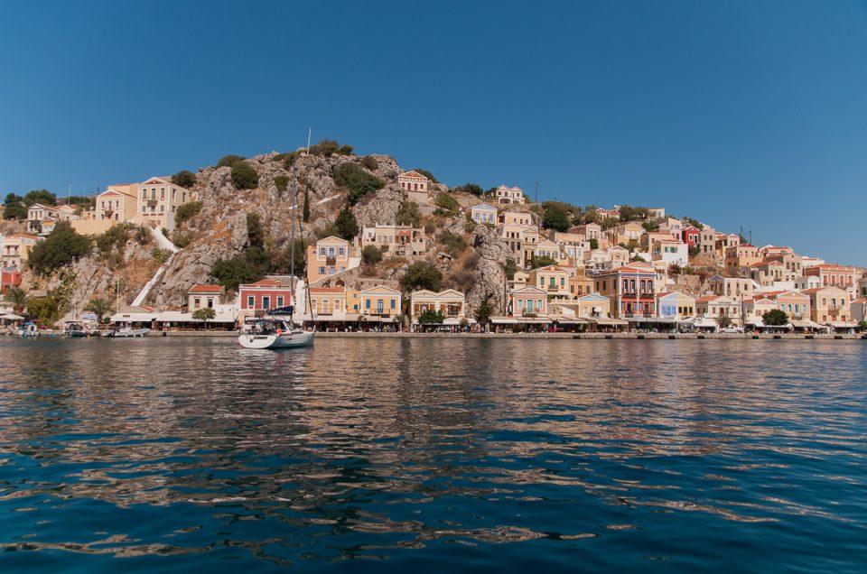 På dagstur til den greske øya Symi