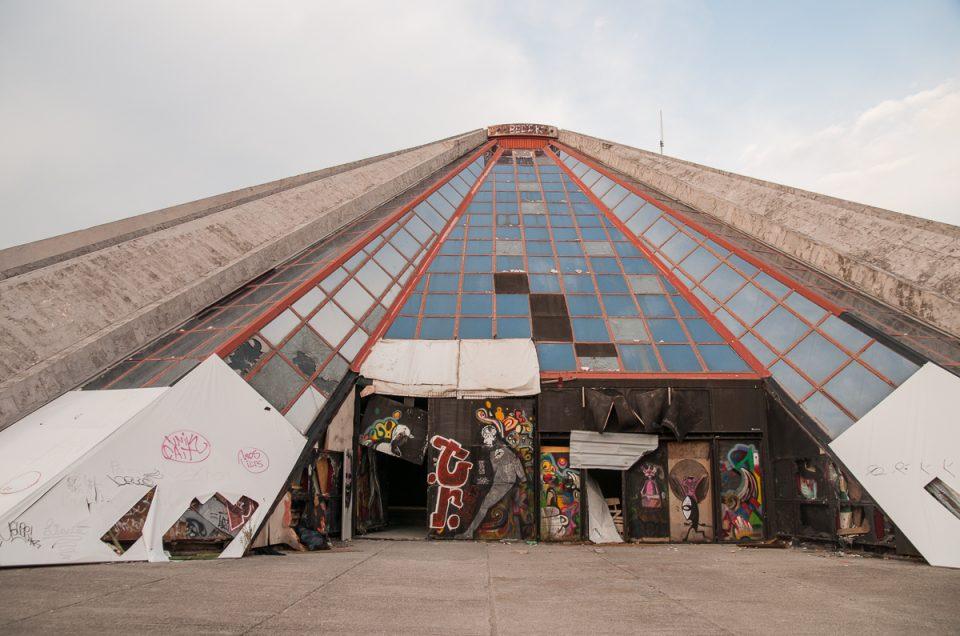Pyramiden i Tirana