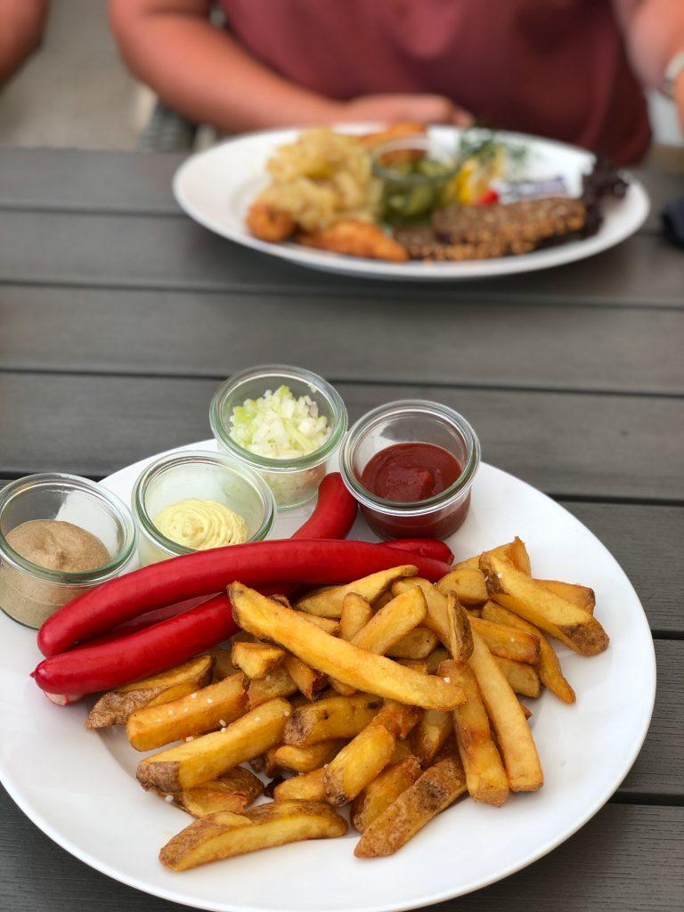 Skagen Jutland Jylland Denmark Grenen røde hotdogs pølse remoulade