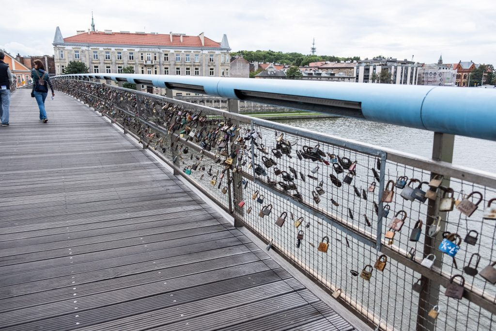Krakow, Poland, Wisla, river, art, details, bridge, locks